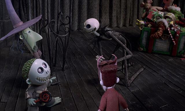 File:Nightmare-christmas-disneyscreencaps.com-4128.jpg