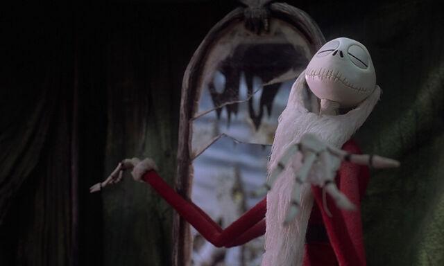 File:Nightmare-christmas-disneyscreencaps.com-5390.jpg