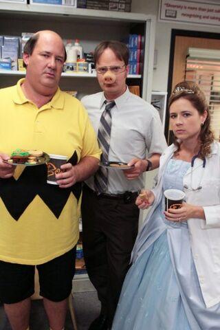 File:The-Office-Season-9-Episode-5-Here-Comes-Treble-7.jpg