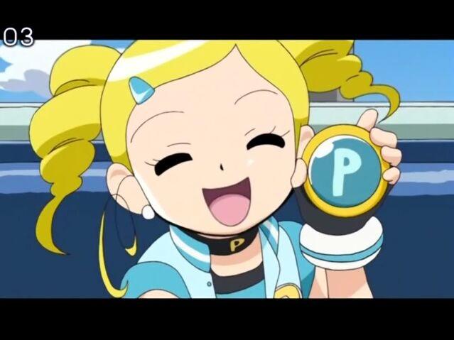 File:Bubbles & her Cellphone.jpg