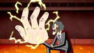 S4E20.243 Shinehara's Hand Getting Gigantic