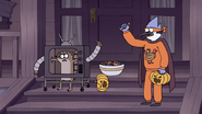 S7E09.313 Mordecai and Rigby Both a Piece of Candy