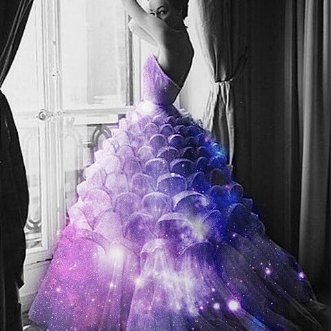 File:Purple gown.jpg
