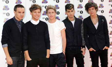 File:One-Direction-reach-No-1--008.jpg
