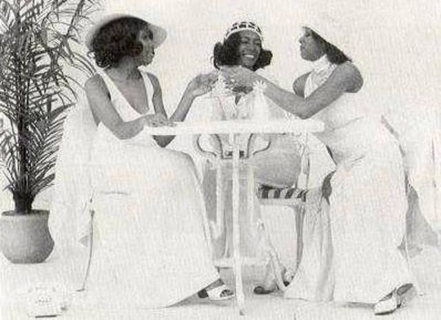 File:The Supremes 1972.jpg