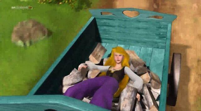File:Odette behind her carrige.jpg