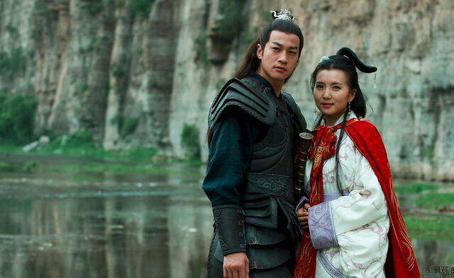 File:Diao Chan & Lü Bu - 2010TV(2).jpg