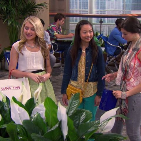 Phoebe, Ashley and Madison in the mall.