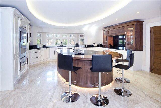 File:Sidemen House Kitchen.jpg