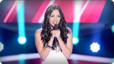 "Adriana Louise's Blind Audition ""Domino"" - The Voice"