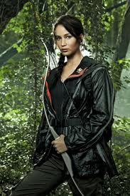 File:Katniss and bow.jpg