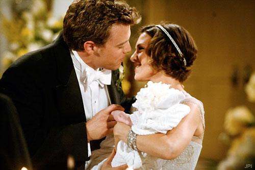File:Billy and Chloe get married.jpg
