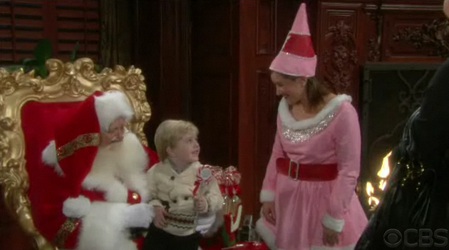 File:Reed with Santa Clause.png