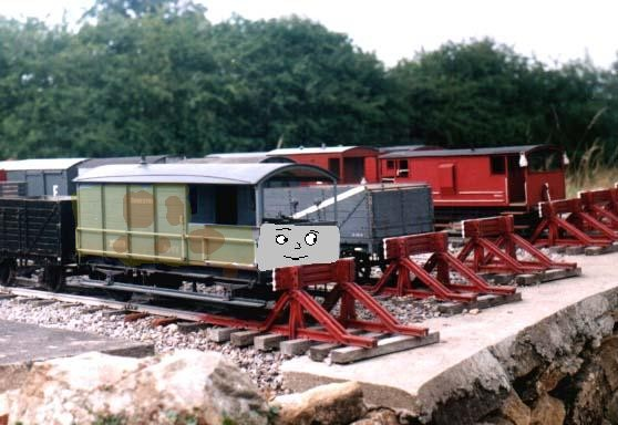 File:Felix cheng the scrap brakevan.jpg