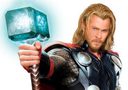 Chris-hemsworth-thor-movie-costume-mjolnir-hammer