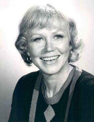 File:461px-Audra Lindley 1975.jpg