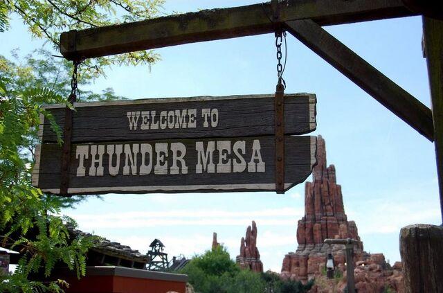 File:Thunder Mesa.jpg