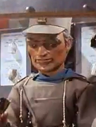Lieutenant-Ralph-wo-shades