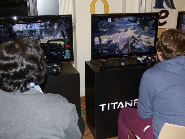 File:Inside Titanfall 77.JPG