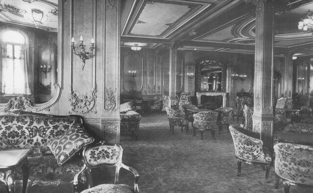 File:Titanic-1st-class-lounge.jpg