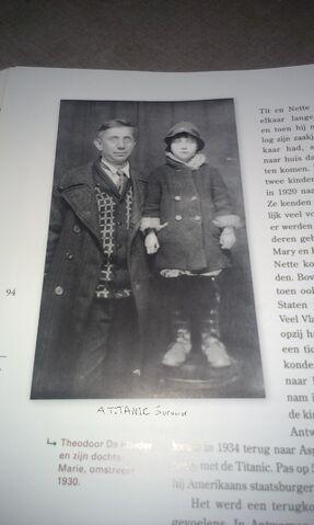 File:Marie and Theodoor DeMulder.jpg
