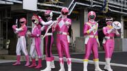 Gokaiger vs. Gavan - All Pink