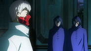 Tatara telling Bin brothers what to do