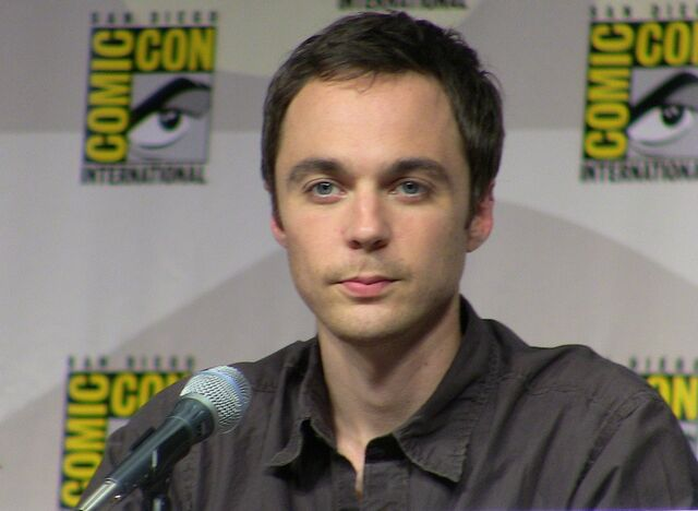 File:Jim Parsons Comic Con.jpg