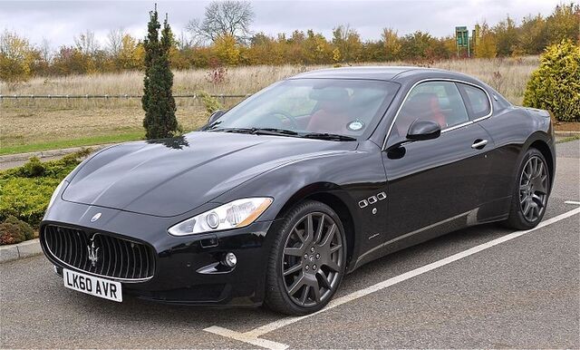 File:Maserati Gran Turismo V8.jpg