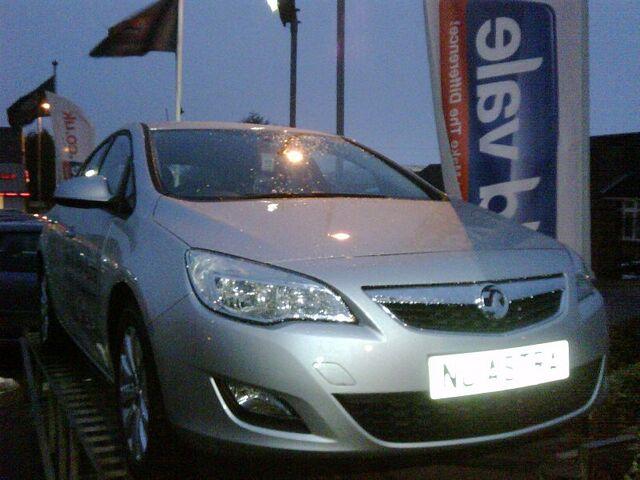 File:Vauxhall Astra 1.jpg