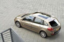 Renault clio estate 02