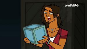 Alejandro cube