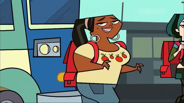 File:Leshawna arrives bus.png