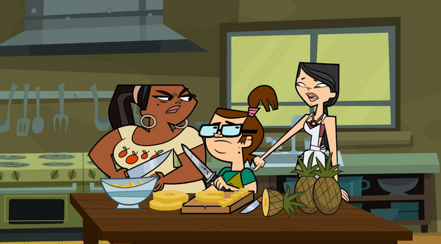 File:Heather bosses around leshawna and beth.png