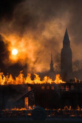 File:Makasiinit tulessa.jpg