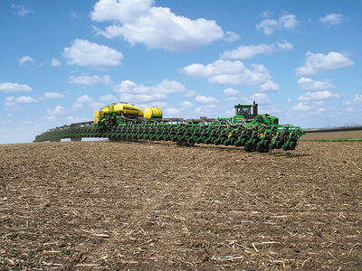 John Deere DB120 48 row planter