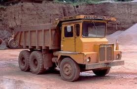 A 1988 HAULAMATIC 620 TD Dumptruck