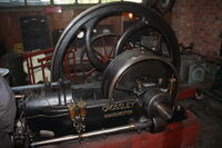 Crossley 30 hp engine at KM 09 - IMG 7199