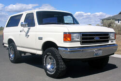 1990 Ford Bronco Front
