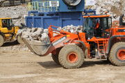Doosan DL450 loader at Hillhead 2012 - IMG 1003