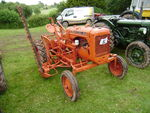 Allis-Chalmers with mower at Bromyard 08 - P7060140