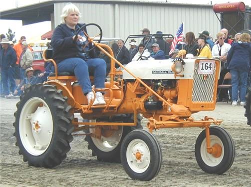 International Harvester Cub Tractor : International cub tractor construction plant wiki