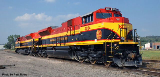 File:Later KCS SD70ACe units.jpg