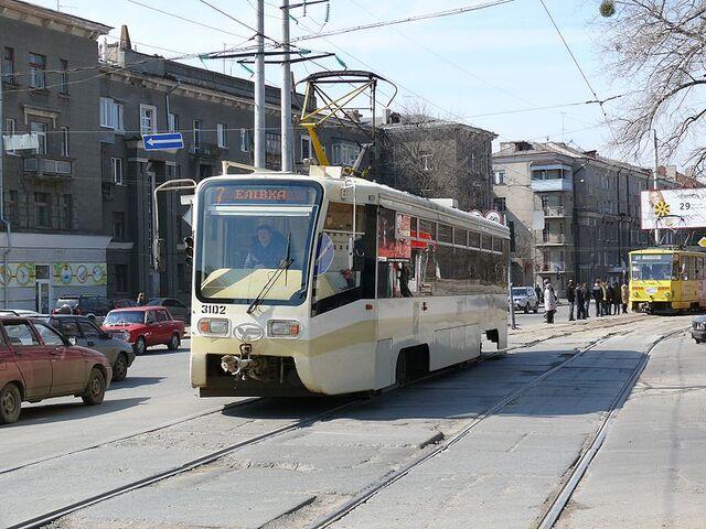 File:Kharkov tram 3102.jpg