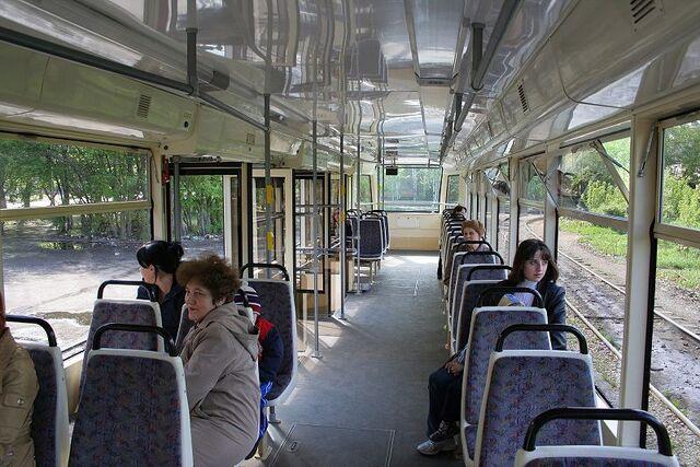 File:Tomsk tram 322 20070519.jpg