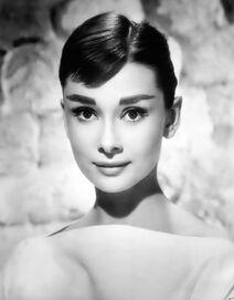 Audrey-hepburn-style-3