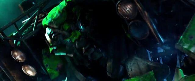 File:Transformers AOE 1076.jpg