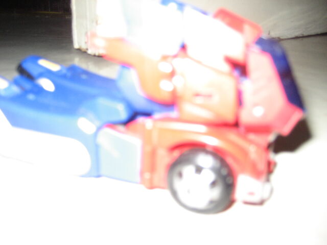 File:Optimus Prime Animated 2012 001.JPG