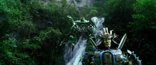 File:Transformers AOE 7996.jpg