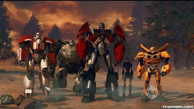 File:Prime-autobots-s01e01-1.jpg